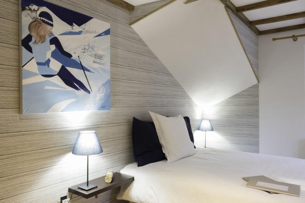 chambre avec salle de bain privative vue sur les pistes de ski. chambre double  chambre cosy chambre wifi grande chambre
